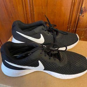 Black & White Nike Sneakers